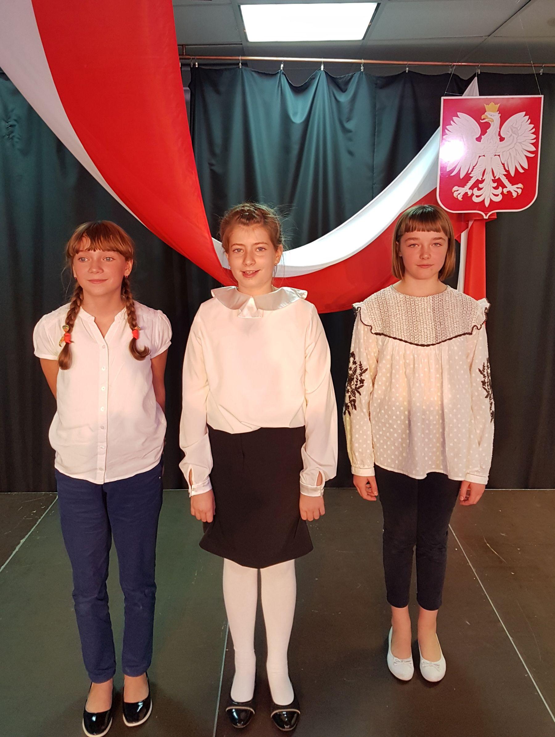 """XV Powiatowy Turniej Poezji Niepodległościowej """"Żeby Polska była Polską""""."""